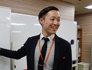 金子 貴栄 先生