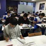 中学部の自習室、今年分の変わらぬ風景が戻ってきています。