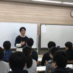 アビリティOBの若き研究者・矢萩君が訪問。受験真っ只中の中3生たちに自身の経験を熱く語ってくれました。