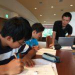 中学部「夏期合宿」中2・1生も学習スタート!